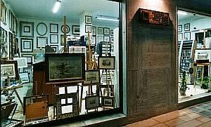 Fotoggrafia esterna del punto vendita